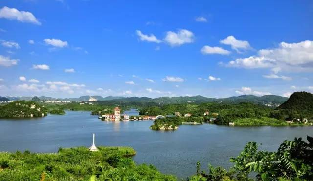 贵州旅游人口_苍山如海,残阳如雪的娄山关 寻贵