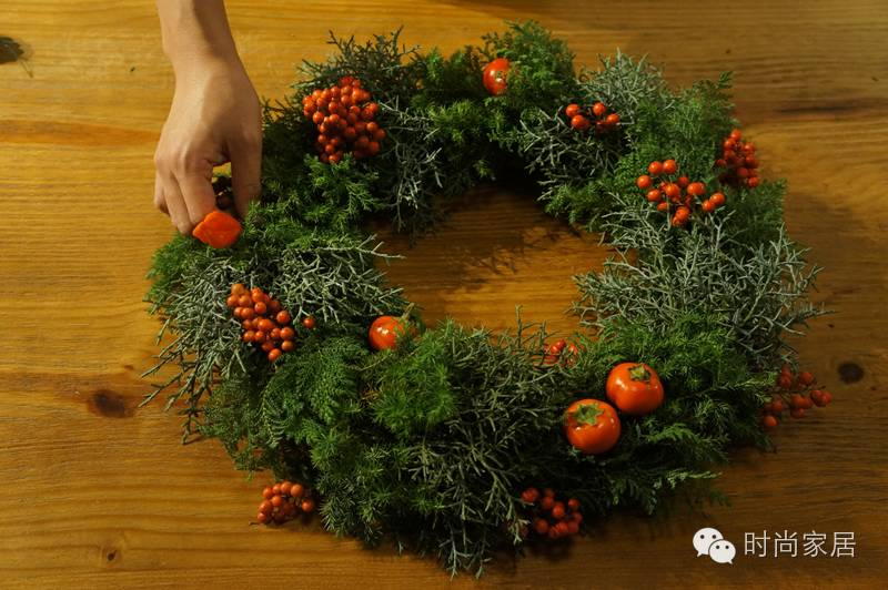 节日季扎堆,亲手做个手编圣诞花环,居然真不难!