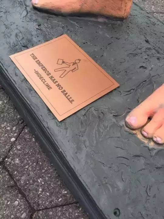 川普全裸塑像遍布美国街头,美国人为何如此大胆? - 一炮手 - 一炮手的杂志型编撰博客
