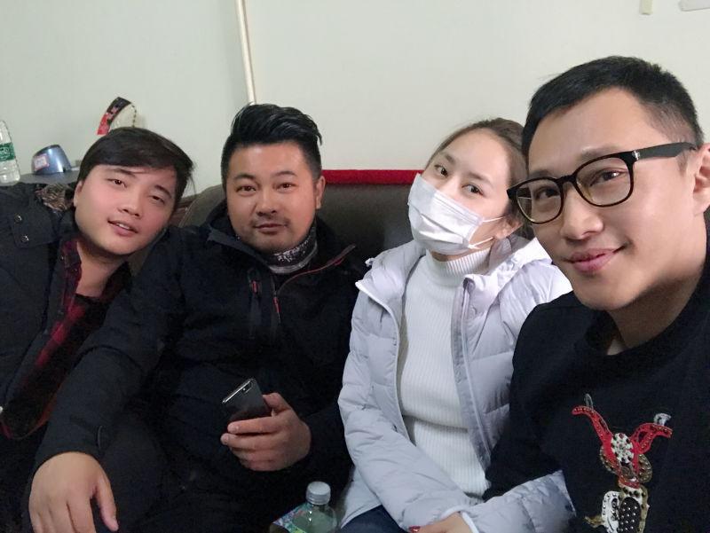 娘们�ydl_《东北娘们》制片刘枷宏 不忘初心 贵在坚持