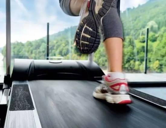 跑步机的小秘密:斜坡式跑步机