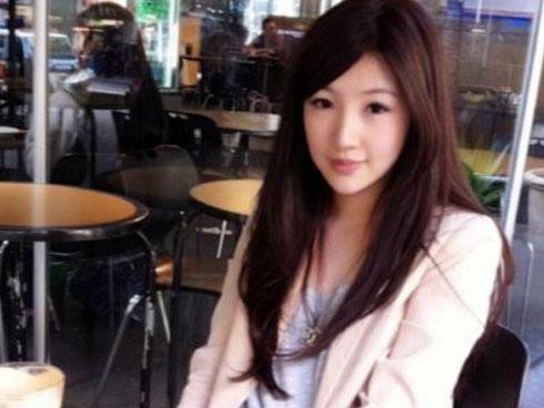 刘谦神风队的爱ed2k娶了一位美娇娘和王希怡的结婚照都是这么魔幻