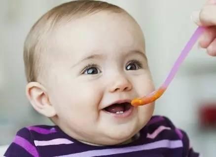 """妈妈注意了!10种食物避免喂食给宝宝"""""""