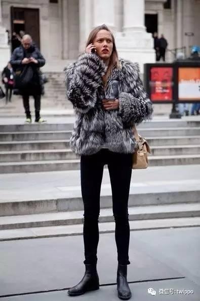 低调奢华有内涵-麂皮短靴-快穿上这5双时髦短靴,一起去征服全世界