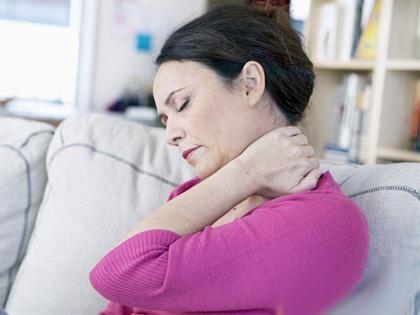 """日常预防治疗肩周炎最有效的方法"""""""