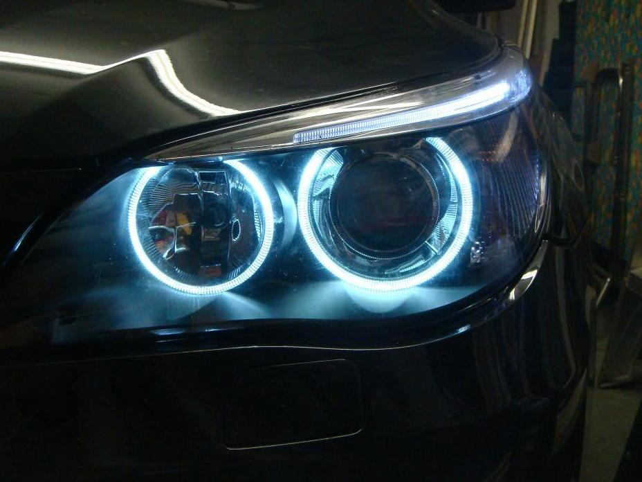 "LED如此普及,为什么汽车上还用卤素灯泡?"""