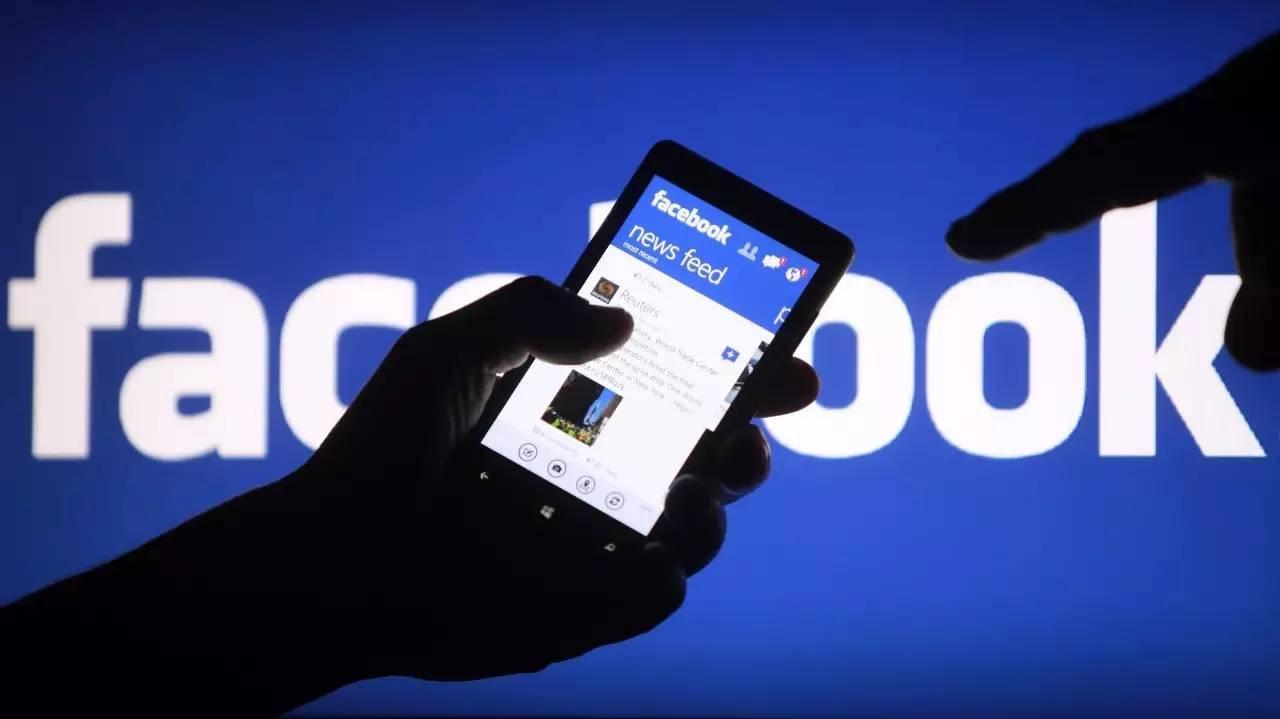 脸书2016全年回顾,这是世界伤痛但全程高能的一年