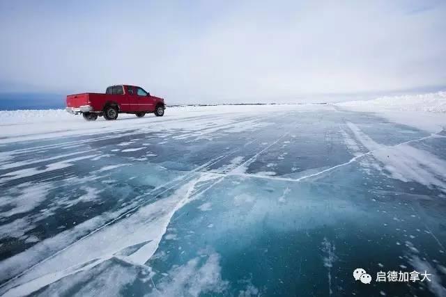 让头发结冰.    在北极冰上驾驶车辆是什么感觉?图片