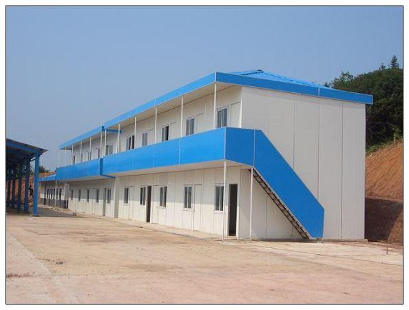 钢结构厂房正常但是不规定的钢结构,彩钢板活动房是外墙彩钢板.