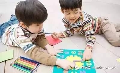 如何让孩子学会分享玩具