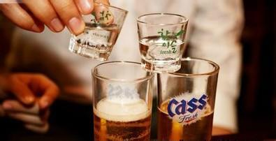 韩国烧酒PK中国白酒,谁更胜一筹?