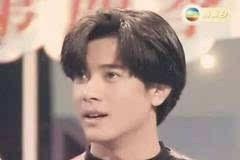 (你看就连郭天王,都再也没有走回九十年代的发型了,ever).
