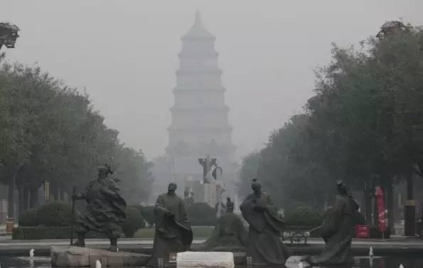 热烈祝贺西安成功入围国家中心城市!