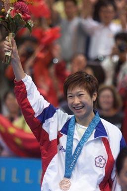 冠军队员拒绝让球得罪领导被封杀后为台湾夺武术参加意义交流大赛的奥运图片
