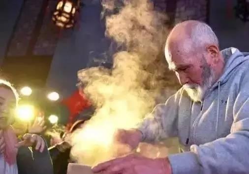 86岁老爷子开店卖米饭,竟然轰动深圳北京。50年来只做米饭的他造就了传奇! - 浪浪云 - 仰望星空
