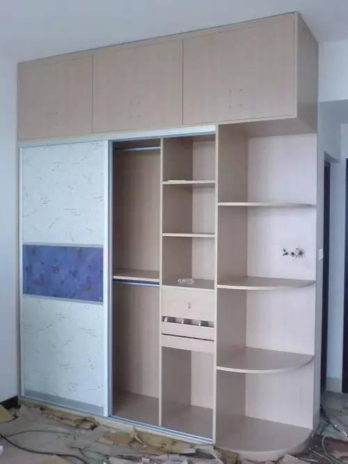 衣柜内部结构图,同样的衣柜也有不同的分区