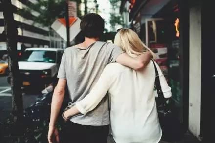 """夫妻两个人不怕吵架,就怕不说话"""""""