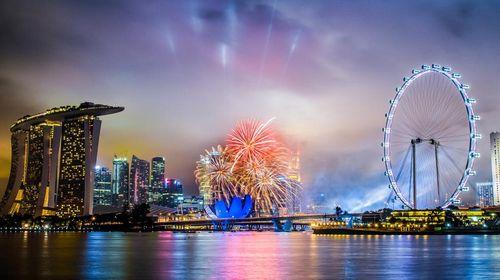 中国到新加坡地�_新加坡位于中国的南边,靠近赤道,是东南亚唯一一个除了中国本土以外