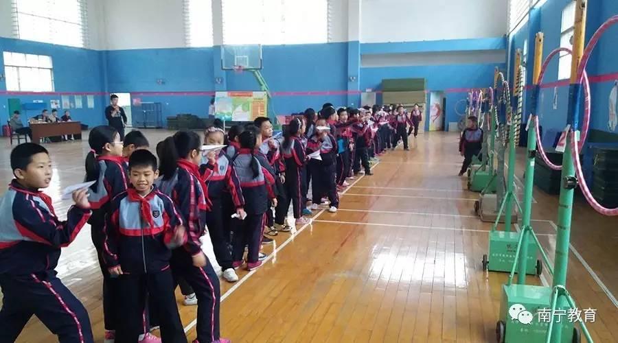 """我市教师踊跃参加首届中小学科技教育 课堂教学比"""""""