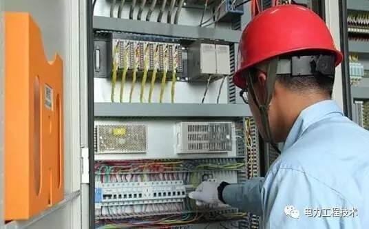 """一个合格的电工需要什么技能?原来我专业技能还不如"""""""