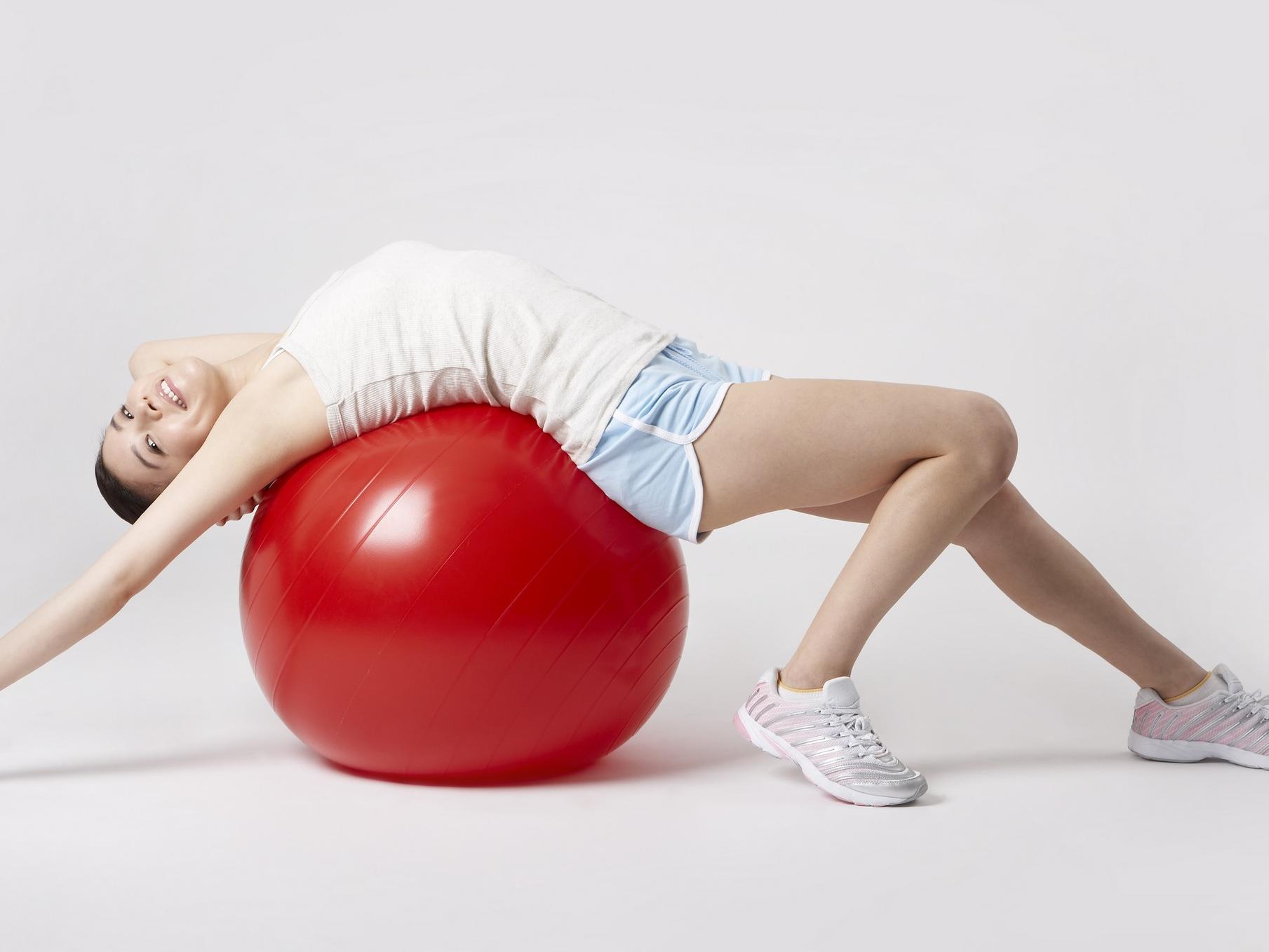 """怎么治疗腰椎间盘突出疼痛才能好的更快"""""""