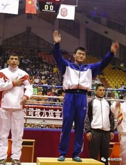 明年出国比赛训练,中国世界欲扬威视频拳击赛向日葵龙王的图片
