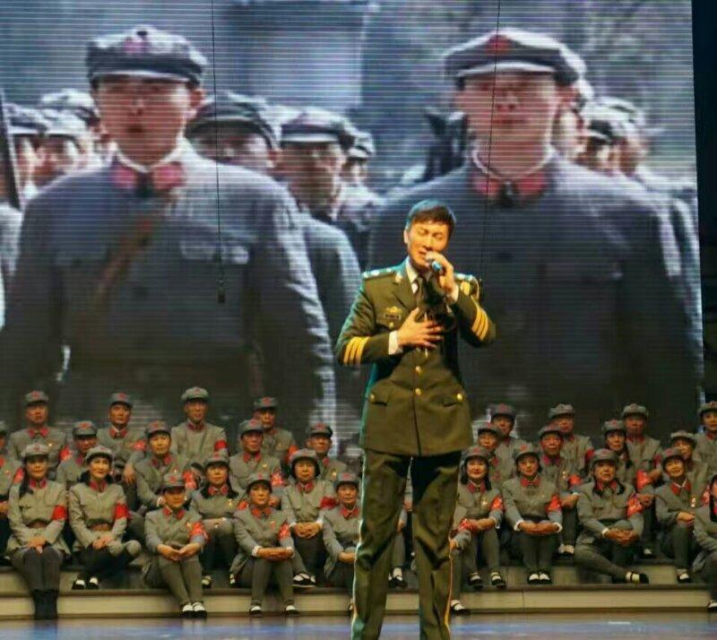 混声合唱《天下乡亲》,领唱:丁晓君,指挥:刘燕平