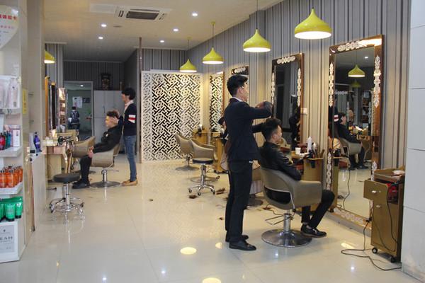 理发店最经典的美容院活动方案