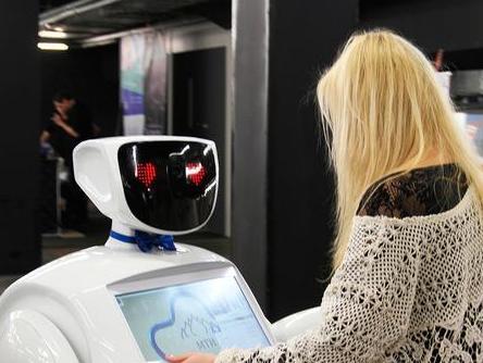 """俄罗斯一名机器人成精""""越狱""""出逃,太聪明了!"""""""