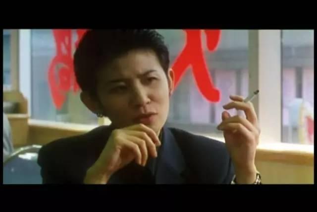 古惑仔 陈浩南 山鸡 的座驾霸气 却不敌她的百万奔驰