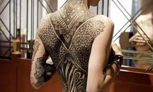 金木研手势纹身分享展示