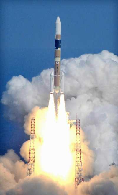 随着长征五号火箭的发射成功,中国也成步入了重型火箭俱乐部,拥有了