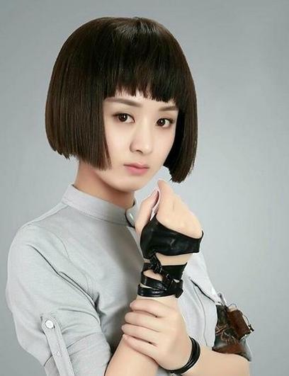 每个人都有适合自己的发型,像赵丽颖就不适合这种生硬的学生短发头女扮男装头型图片