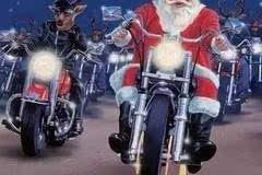 """狂欢圣诞节骑行party让肾上腺飙升"""""""