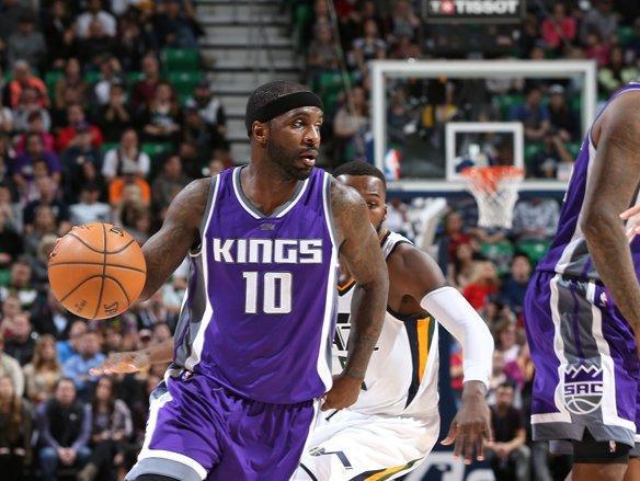 "NBA:保住前八 国王队主场击败费城"""