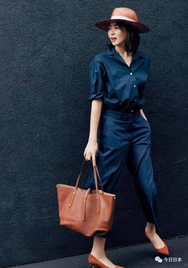 这个40岁女人霸占了日本各大时尚杂志,她身上的衣服所有女人都想买!