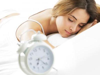 """入睡难、睡得浅、醒得早,焦虑烦躁的失眠有10大误区"""""""