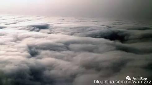 飞机上看北京雾霾,震撼!