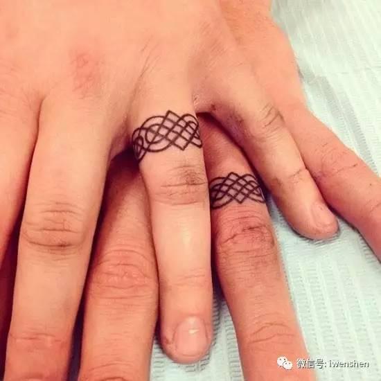 结婚戒指纹身 纹下永恒的誓言和爱