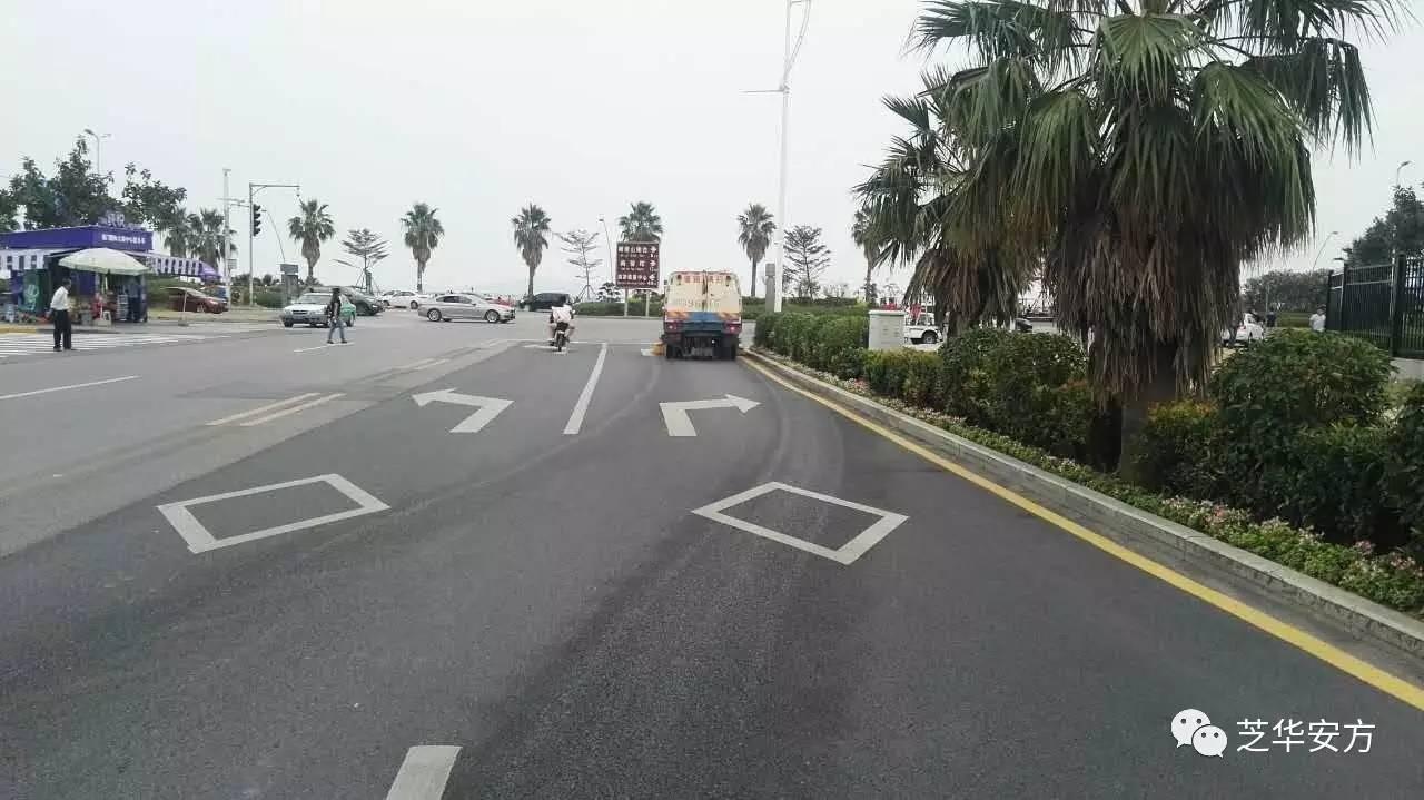 路�z*_有一条长200米的路,在路的一边,每隔4米植树一棵(两头