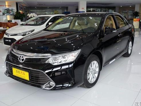"""丰田凯美瑞降价1万元 现车销售"""""""