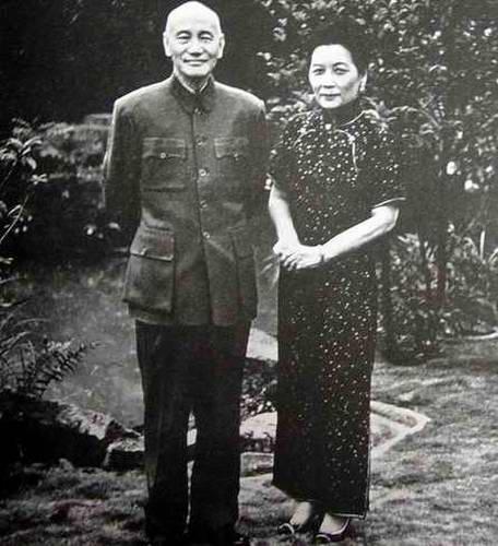 蒋介石为何一生都不敢留发?(组图)