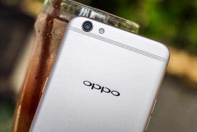 科技 正文  当然还有闪充技术,这也是oppo手机的一大优势,现在的智能