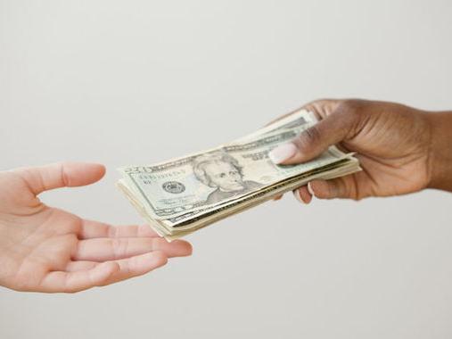 """3个借条上的字不注意钱就没了"""""""