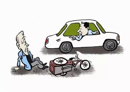 旬老奶奶出来玩碰瓷,结果行车记录仪验正身图片