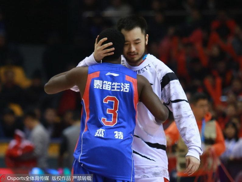 "CBA常规赛22轮山东队主场10778大胜天津队"""