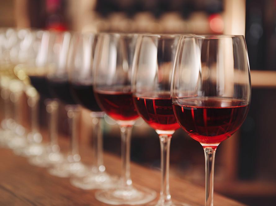"""九大理由告诉你睡前喝点红酒有益身心健康"""""""