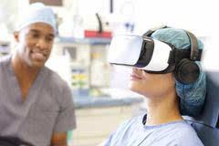 将 VR 加入分娩,用注意力分散和辅导减少母亲痛苦