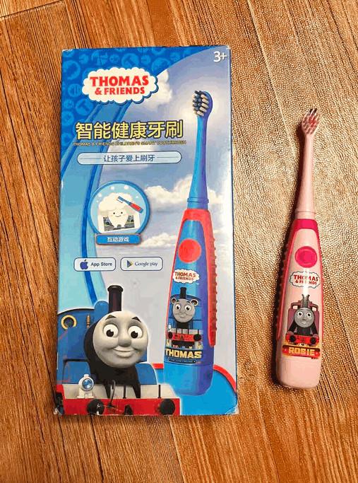 """刷牙还能长知识「托马斯儿童智能牙刷」"""""""