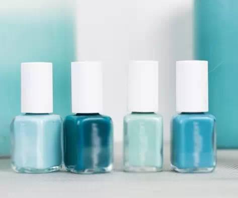 渐变美甲的做法-教你打造精致唯美蓝色系渐变美甲